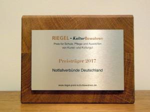 Abb. 1 Riegel 2017 Plakette